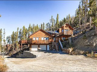 Majestic Mountain Views from Private Deck - Perfect Retreat for Those who Love the Outdoors (13392), Breckenridge