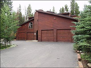 Perfect for Large Families, Spacious Home Minutes from Downtown (212488), Breckenridge