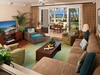 Direct Ocean View Beach Level 4-Bed (2 Master Suites) Villa Turtle Bay