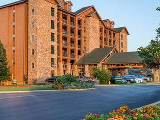 Westgate Branson Woods 2bdrm. luxury condo, slps 6,Dec 30- Jan.6,Only $299/Week!