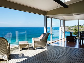 Beached On Bungan Ocean Front Stylish Holiday Home Bungan Near Newport