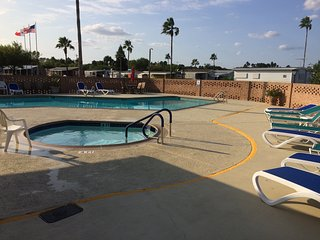 55+ Gated Community  - Fun in the Sun - Warm All Winter!, Weslaco