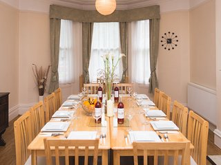 The Bournemouth Villa, Central Bournemouth, Sleeps Up To 33 Guests