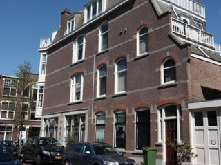 Fully Furnished Home in Statenkwartier, Den Haag: Ideal for Groups & Families!, Scheveningen