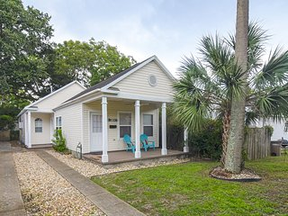Modern Downtown Pensacola Bungalow