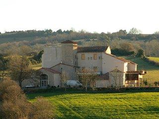 Castel d'Alzac Gîte pour 4 personnes, Saint Jean d'Alcapies