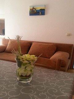 A4(4+1): living room