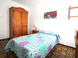 Apartamento con vistas al Castillo Santa Barbara con patio y balcon