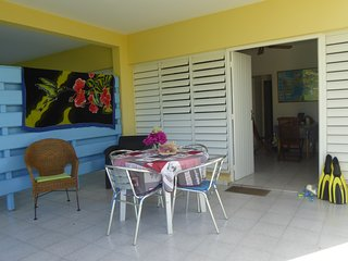 Gîte Mahogany en rez de jardin avec wifi, Sainte-Anne