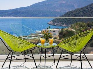 Villa Seascape - 4 bedroom villa in Kalamar Bay with incredible sea views