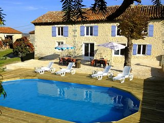 Beautifully converted barn with private pool. Grange Lapin., Montboyer