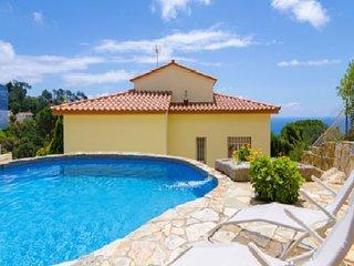 Espectaculair  piscina, vistas especial semana san, Lloret de Mar