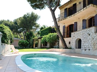 Luxury Villa Incredible View and Relax - 5 Bedrooms, Pool, BBQ, Roquebrune-Cap-Martin