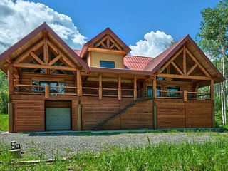Large Vega Lake Colorado Luxury Real Log Cabin, Collbran