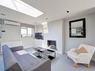 Newly refurbished one bedroom flat, London