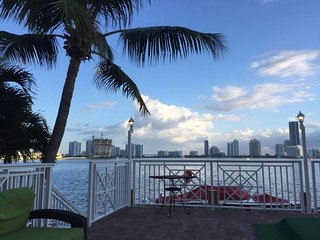 Dream Waterfront Miami Beach Paradise (3 month minimum rental)