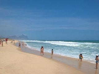 Vista mar acesso direto a praia lazer completo, mobiliado, equipado para familia