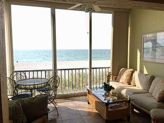 Gorgeous Direct gulf Front 2 Bedroom Condo on Siesta Keys... JUST REMODELLED