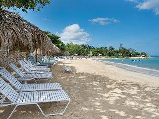 Villa Annabella, Ocean Views, Golfer's Paradise, Great for Families!