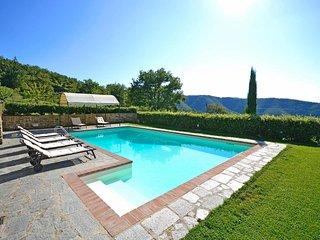 3 bedroom Villa in Cortona, Tuscany, Italy : ref 5474799