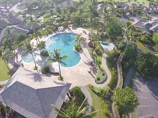 Hawaiiana Escape ★ New ★ Golf Course Views ★ Near Pools ★ We ♥ Families