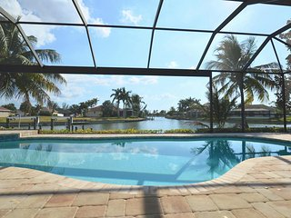 Villa Starview - Amazing waterview,4 bedroom, pool, spa,Gulf access