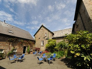 Little Barn Granary, Glebe House Cottages located in Holsworthy, Devon