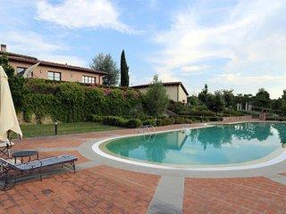 2 bedroom Apartment in Poggio alle Mura, Tuscany, Italy : ref 5505648