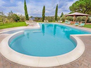 6 bedroom Villa in Le Casine-Perignano-Spinelli, Tuscany, Italy : ref 5505917