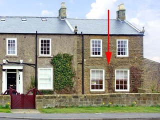 APARTMENT 1 SNEATON HALL, family friendly, character holiday cottage, with a gar