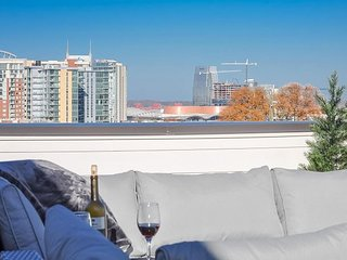 Contemporary Nashville Townhouse - Rooftop Deck with Marvelous Views