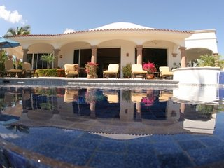 Delightful 5 Bedroom Home with Private Pool & Jacuzzi in San Jose del Cabo