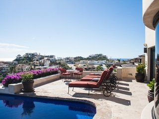 4 Bedroom Home with Ocean View in Cabo San Lucas
