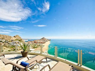 Magnificent 5 Bedroom Clifftop Villa in Cabo San Lucas