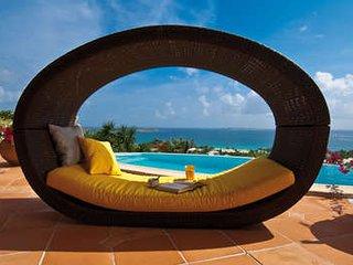 Incredible 4 Bedroom Villa with Ocean View in Orient Bay