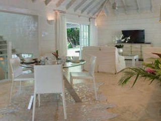 Elegant 2 Bedroom Villa in Sandy Lane, Holetown