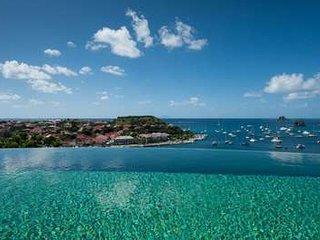Fabulous 3 Bedroom Villa overlooking the Ocean overlooking Gustavia Harbour