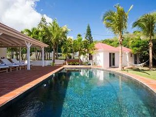 4 Bedroom Villa with View in Saint Jean, St. Jean