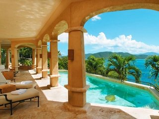 Fabulous 5 Bedroom Villa in Peter Bay, St. John