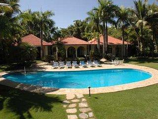 Exquisite 5 Bedroom Villa with Ocean View in Sosua, Sosúa