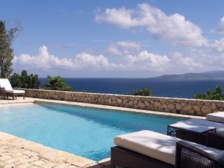 Gleaming 3 Bedroom Villa with View of the Bay in Montego Bay