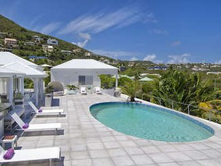 7 Bedroom Villa with Pool near Guana Bay Beach, Philipsburg