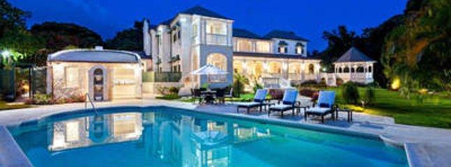 Wonderful 5 Bedroom Villa with Swimming Pool in Sandy Lane Estate, Holetown