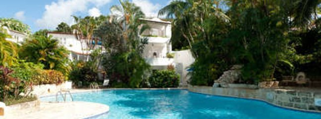 Comfortable 3 Bedroom Villa with View of the Caribbean Sea in St. James, The Garden