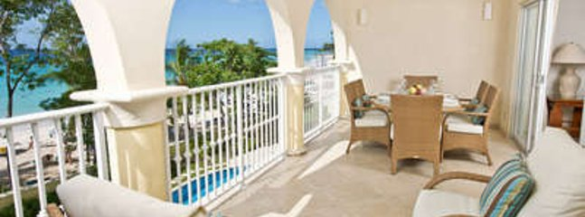 Lovely 3 Bedroom Oceanfront Condo in Christ Church, Oistins