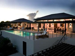Marvelous 4 Bedroom Villa overlooking the Caribbean Sea in Little Harbour