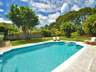 Cozy 3 Bedroom Villa in Sandy Lane, Holetown
