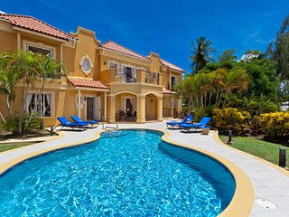 Magnificent 4 Bedroom Villa in Mullins Bay