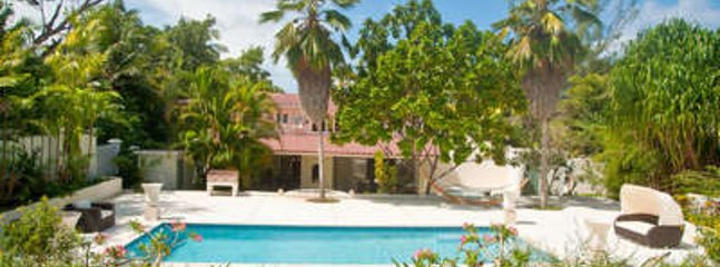Charming 4 Bedroom Villa on Gibbes Beach