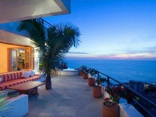 Magical 6 Bedroom Villa in Puerto Vallarta